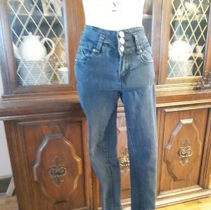 4/$15 Size 3 Ymi Wanna Better Butt Blue Jeans